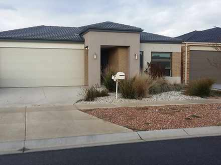 House - 7 Rodeo Grove, Poin...