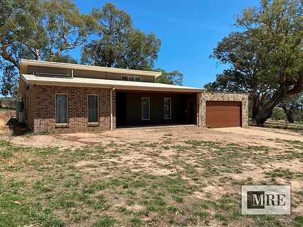 House - 4 Oaksford Drive, M...