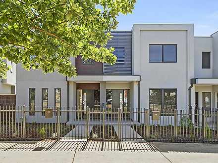 31 Linacre Drive, Bundoora 3083, VIC Townhouse Photo