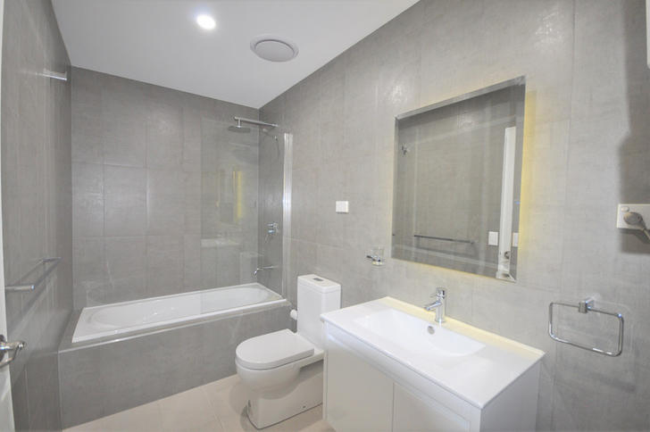 Ad4835f3ee45e74456bb9e1c 26576 bathroom 1590563584 primary