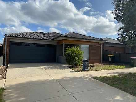 30 Travers Street, Craigieburn 3064, VIC House Photo