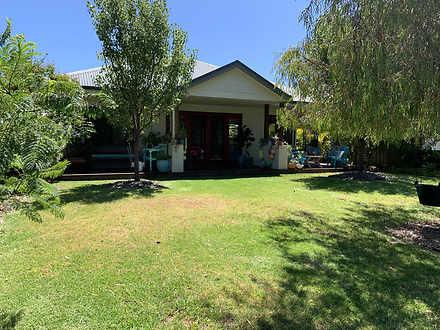 House - 3 Cottage Drive, Va...