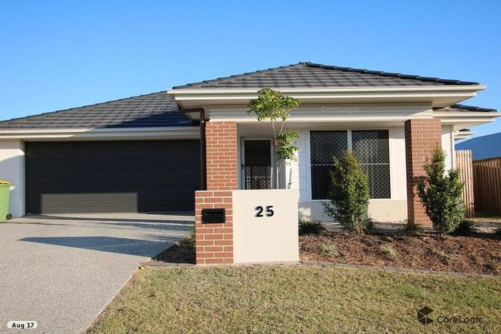 House - 25 Bottle Brush Cir...