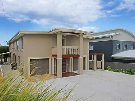 House - 2/257 Beach Road, D...