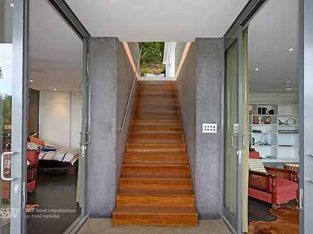 Front entry to home 1580958694 thumbnail