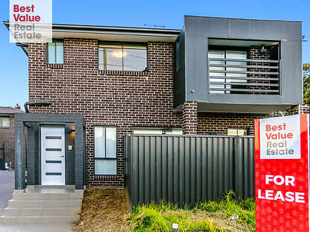 Townhouse - 1/66 Hobart Str...