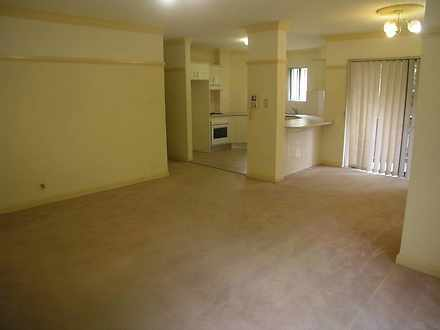 C8f3ab8c4ef35956fcff6bd8 13 401 5 pye street 2c westmead lounge 1587358108 thumbnail