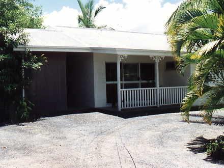 Villa - Whitfield 4870, QLD