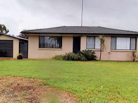 House - 15 Damien Avenue, S...