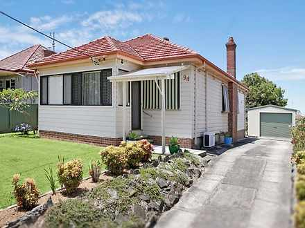 House - 94 Crescent Road, W...