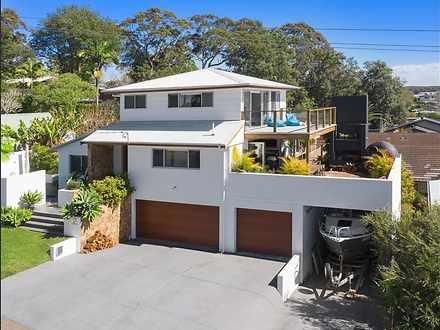House - 2 Grove Road, Wambe...