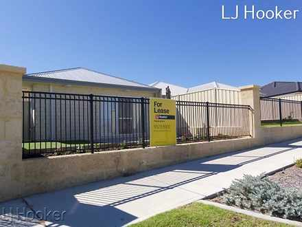 House - 15 Benalla Way, Lak...