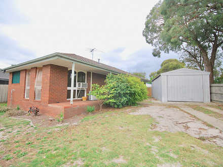 House - 30 Bourke Road, Cra...