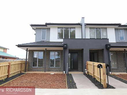 Townhouse - 1/76 Purchas St...