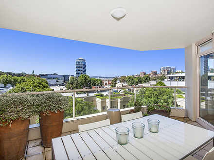 Apartment - 406/63 Crown St...