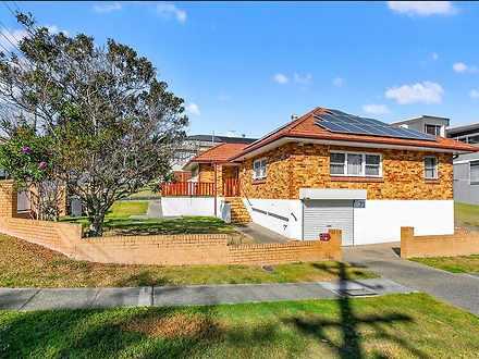 House - 73 Perth Street, Ca...
