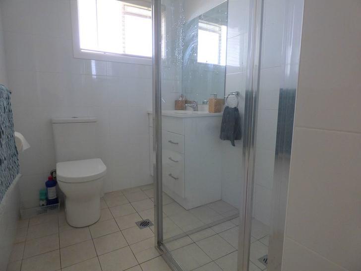 1f577ea4431d7e523d97f80c uploads 2f1581547256961 snvy4k3r3p c9f81a27371c9e4e123f0074c1bc951e 2f84 macarthur street bathroom 1581547605 primary