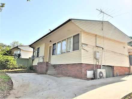 House - 36 Moffatt Drive, L...