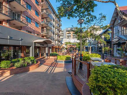 Apartment - 455 Brunswick S...