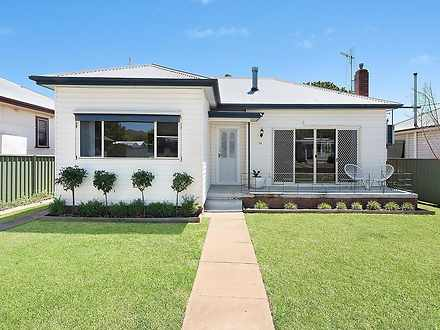 House - 24 Mealey Street, M...