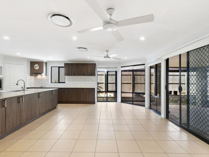 House - 27 Morwell Crescent...