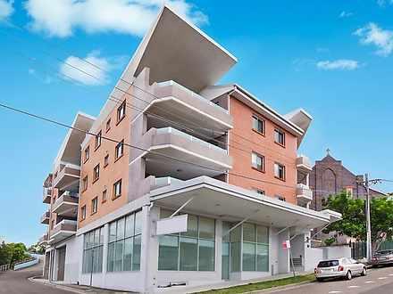 Apartment - 9/2-4 Parker St...