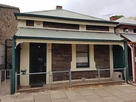 House - 7 Mclaren Street, A...