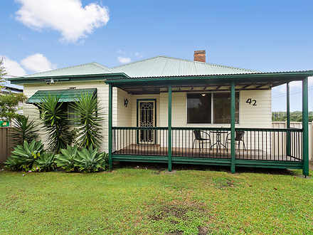 House - 42 Sydney Street, G...