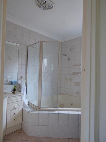 F44dee3a929270903c083a0e 5 bathroom 4440 5e4b2f551ab02 1581986196 primary