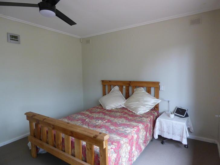 03dd60d0060abfc82edf9cb2 2 bedroom 1 queen bed 4414 5e4b2f51bbb0f 1581986196 primary