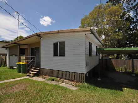 House - 4 Ash Avenue, Woodr...