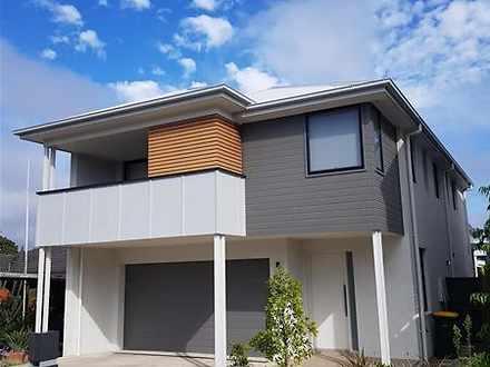 House - 1 Ironwood Crescent...