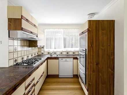 House - 31 Cezanne Crescent...