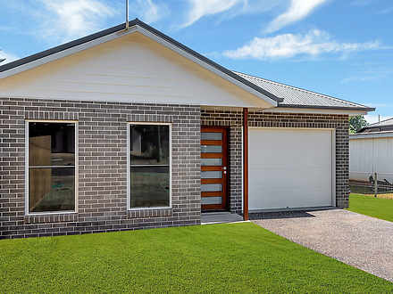 House - 17 Weetwood Street,...
