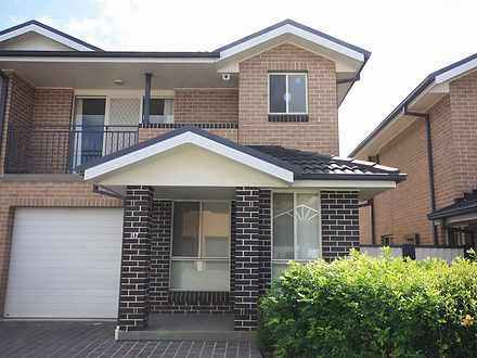 House - 17/170 Glenfield Ro...