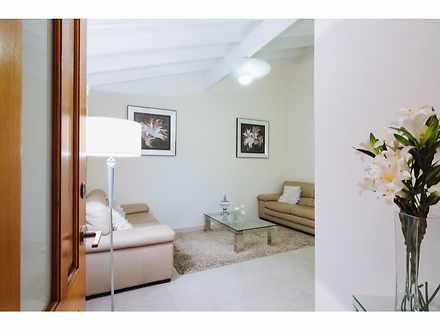 Villa - 3/141 Seventh Avenu...