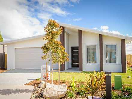 House - 7 Windward Court, H...