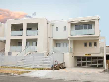 Apartment - 1/125 Lake Entr...