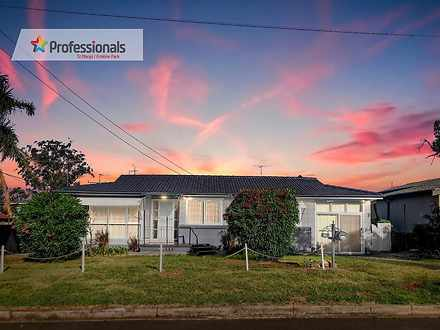 House - 40 Parkin Road, Col...