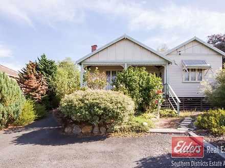 House - 9 Bucktin Street, C...