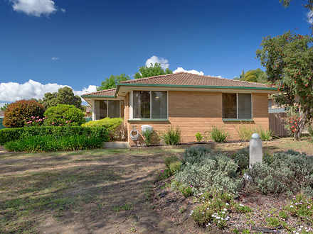 House - 75 Feathertop Circu...