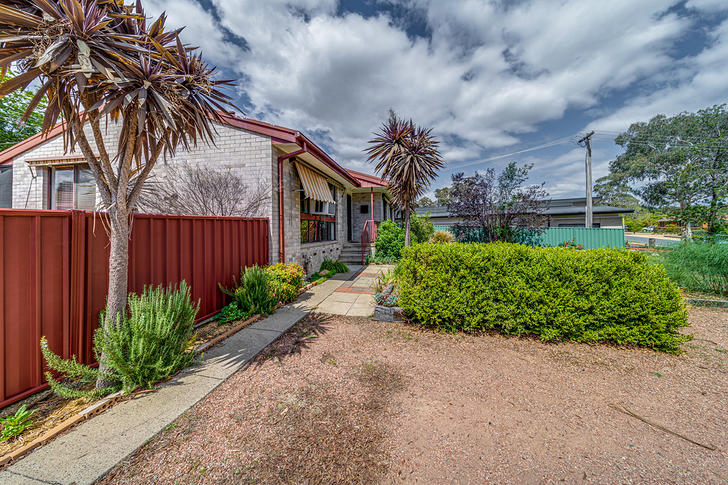 14 Nash Place, Stirling 2611, ACT House Photo