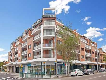 Apartment - 107/258 Burwood...