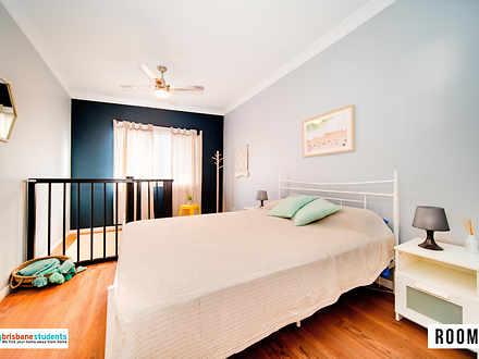 91809320f2beec3c7b46e2ab 25288 room3 bedroom 1585275235 thumbnail