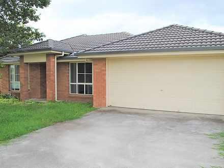 House - 10 Hilldean Drive, ...