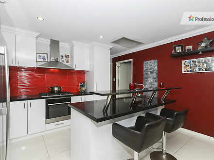 Villa - 10B Epping Court, H...