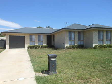 1 Hargreaves Crescent, Young 2594, NSW House Photo
