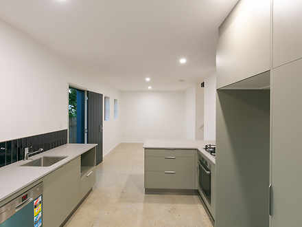 House - 9 Guildford Street,...