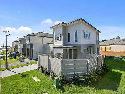 House - 2 Kiama Circuit, Th...