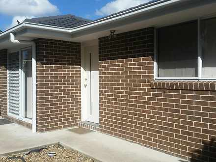 Flat - 12A Ara Place, Hinch...